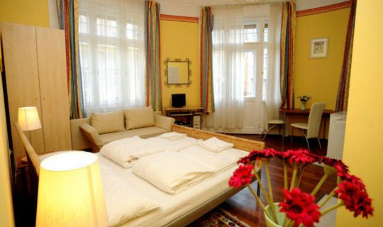 Club Apartments and Guesthouse Budapest