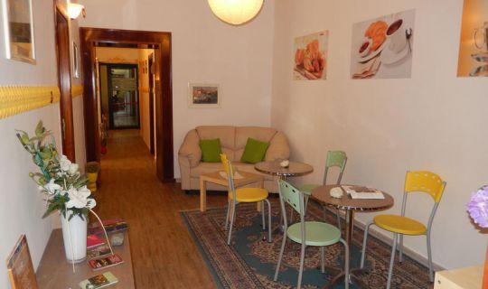 1.679 EUR Lebenshaltungskosten in Neapel, Italien für Digitalnomaden