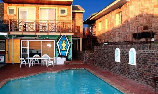 Lungile Lodge beachfront backpackers Port Elizabeth