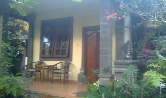 Nyuh Gading Accommodation & Warung Ubud, Bali